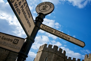 Which way to the castle